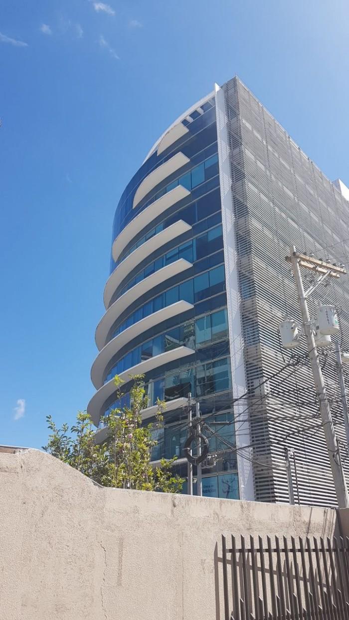 Oficina en RENTA en Edificio Torino 2 zona 10