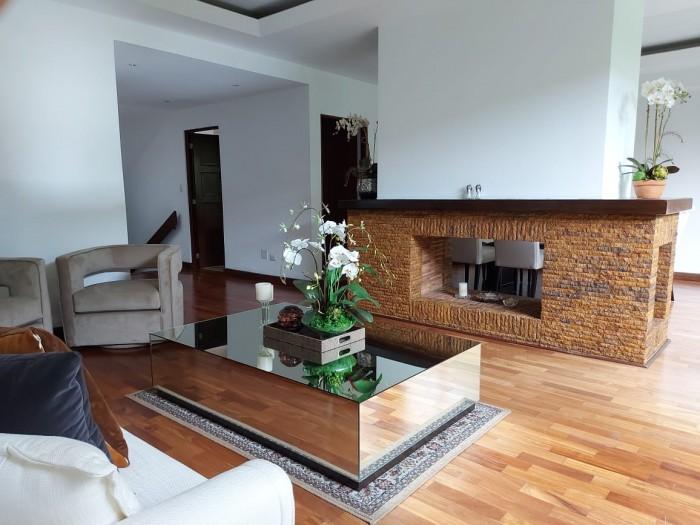 Casa en Venta cercana a zona 15 Guatemala