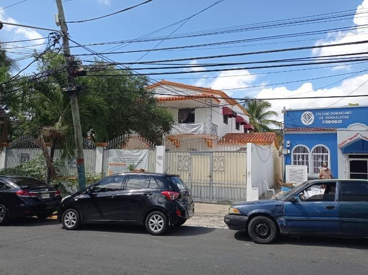 Casa en Alquiler en Gazcue para vivienda u oficina