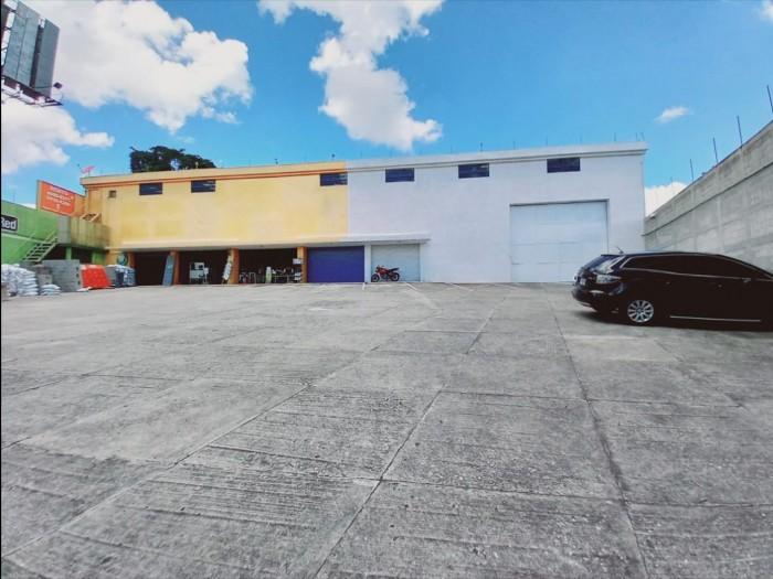 Amplia Bodega Comercial en Renta Lo de Coy Mixco