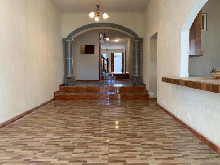 Citymax Antigua Vende lujosa casa en San Cristóbal - B1