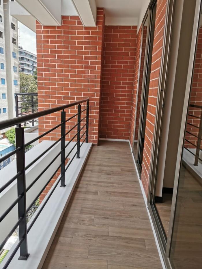 Apartamento en renta en Casa Once Zona 14