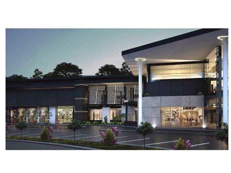 Renta amplio local en Centro comercial en Xela