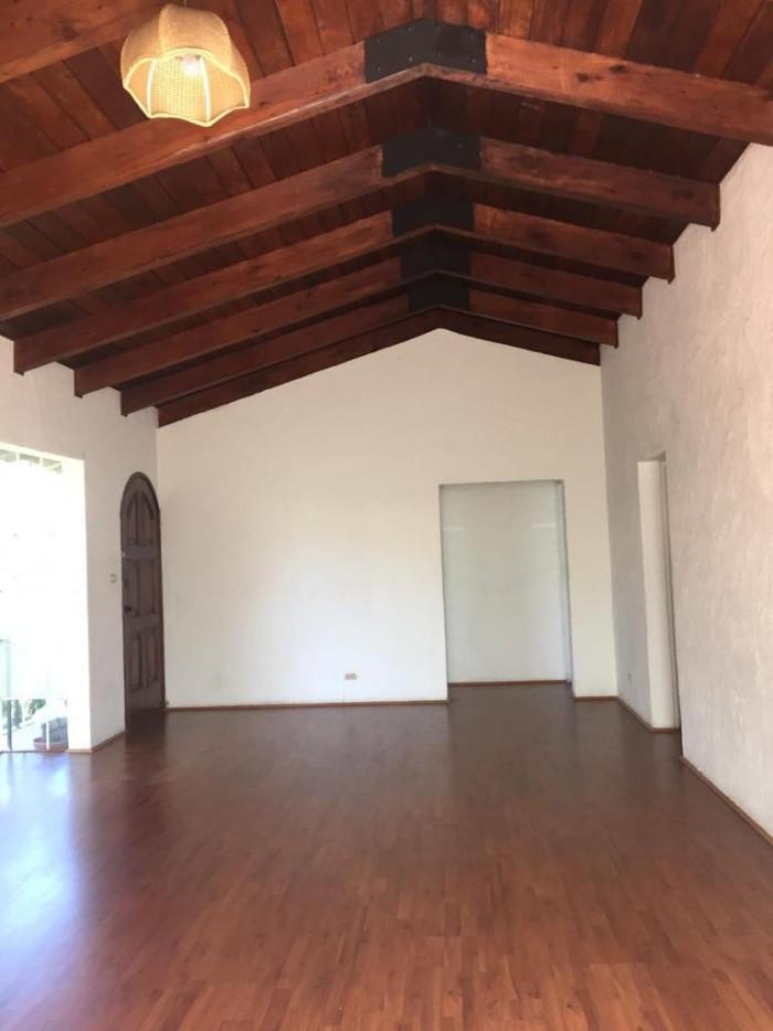 Apartamento Semi-amueblado en zona 13 Guatemala