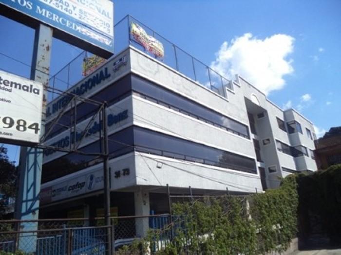 Vendo o Rento Edificio en Calz. San Juan Z. 7
