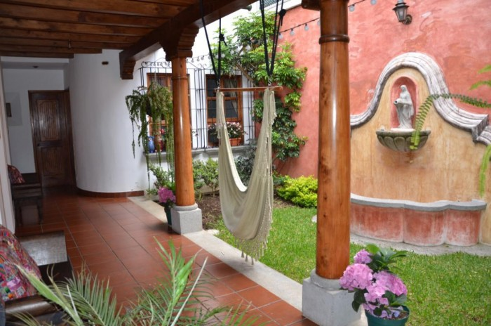 Casa amueblada en residencial San Cristóbal el Bajo