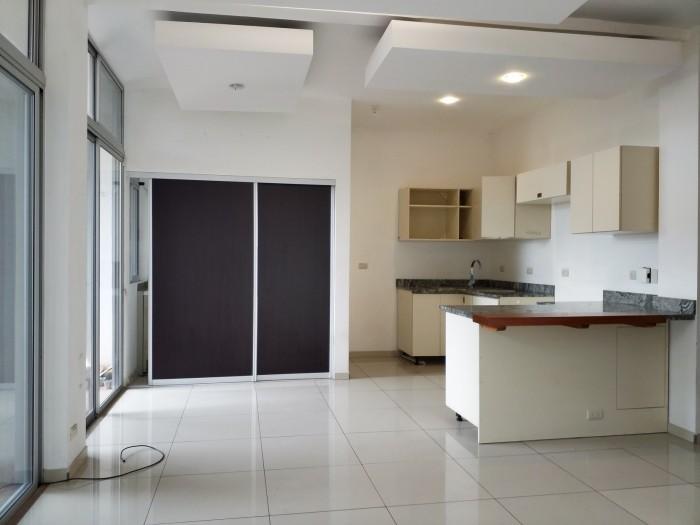 Apartamento en alquiler en Santa Ana Valle Soleado, 2Ha