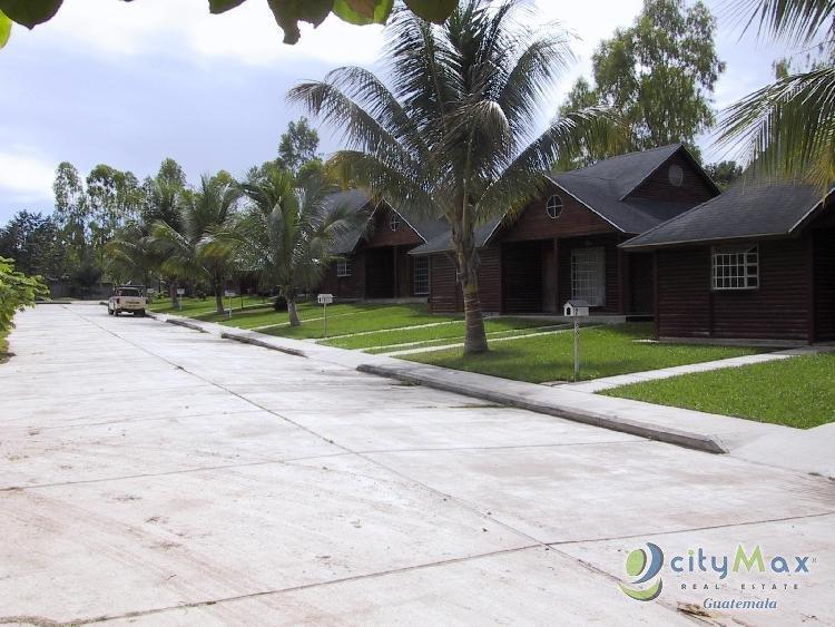 Vendo condominio de casas en San Benito Petén