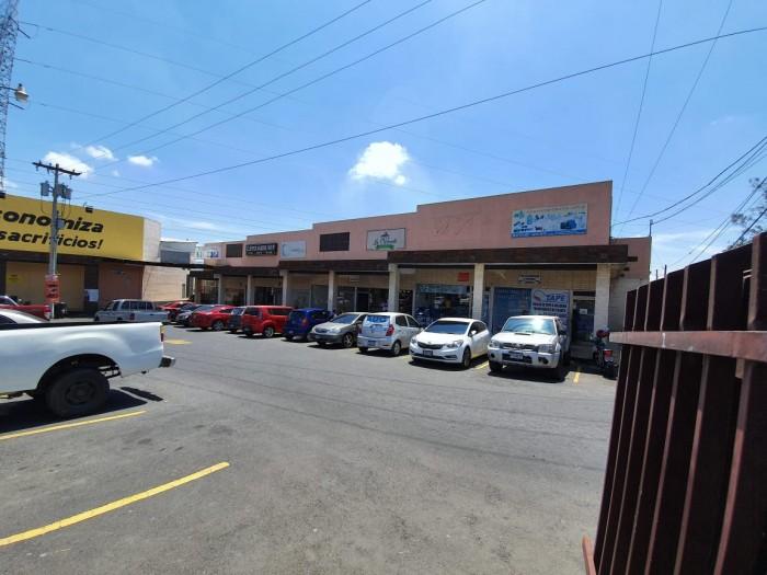 Venta Local Comercial en San Cristóbal Guatemala