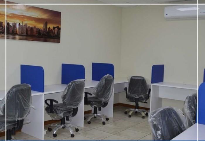 Alquilo OFICINA en Centro Negocio Todo Incluido