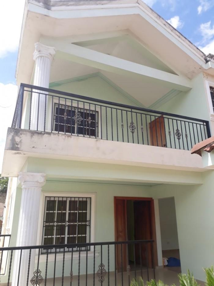 CityMax Vende Amplia Casa en Santiago