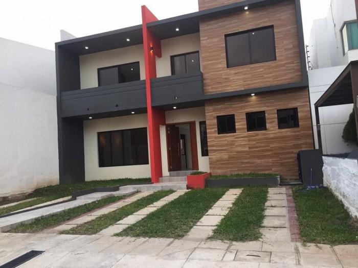 Vendo Casa MODERNA en Condado Santa Elena a ESTRENAR