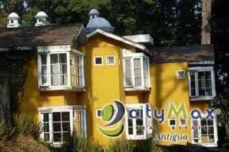 Casa en venta y renta entre San Cristóbal y San Lucas!