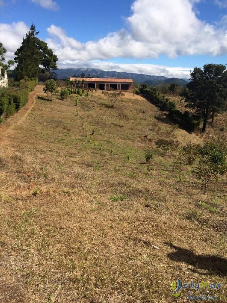 Vendo amplio terreno 8000 V2 en Aldea Lo de Dieguez