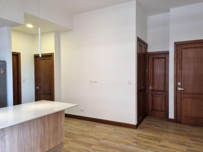 Apartamento en Renta Zona 10 Salvattore, 2 habitaciones