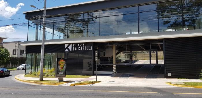 Local en alquiler en Plaza La Capilla San Benito