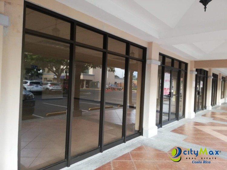 Alquilo Local en Centro Comercial en La Ribera de Belén