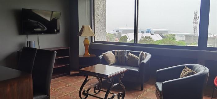 Se alquila apartamento amueblado en Rohrmoser San José