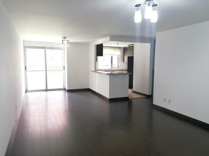 Apartamento en venta de 3 habitaciones en zona 14