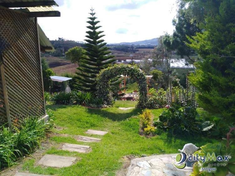 Hermoso hotel en venta en Santa Apolonia, Chimaltenango