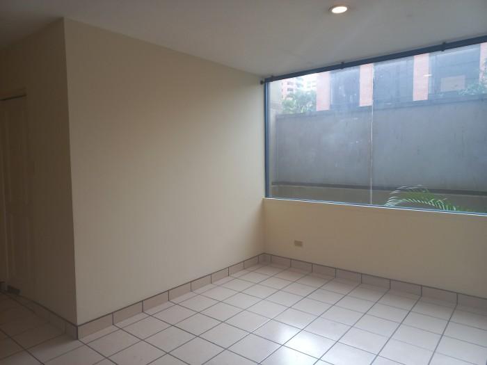 Apartamento en renta de 2 habitaciones en zona 14