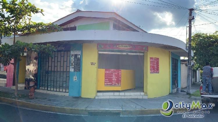 Se Alquila Local Comercial en Zona Peatonal UCA
