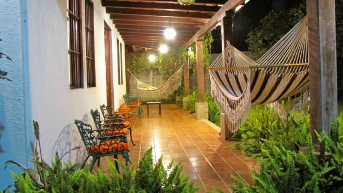 CityMax renta casa con amplio jardín en Antigua