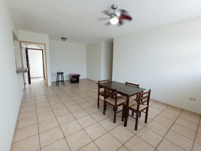 Vendo apartamento San Benito 3 habitaciones + estudio