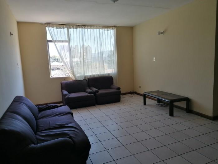 Apartamento en alquiler de 2 habitaciones en zona 12