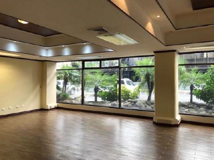 Se alquila moderna oficina en Sabana Sur San José