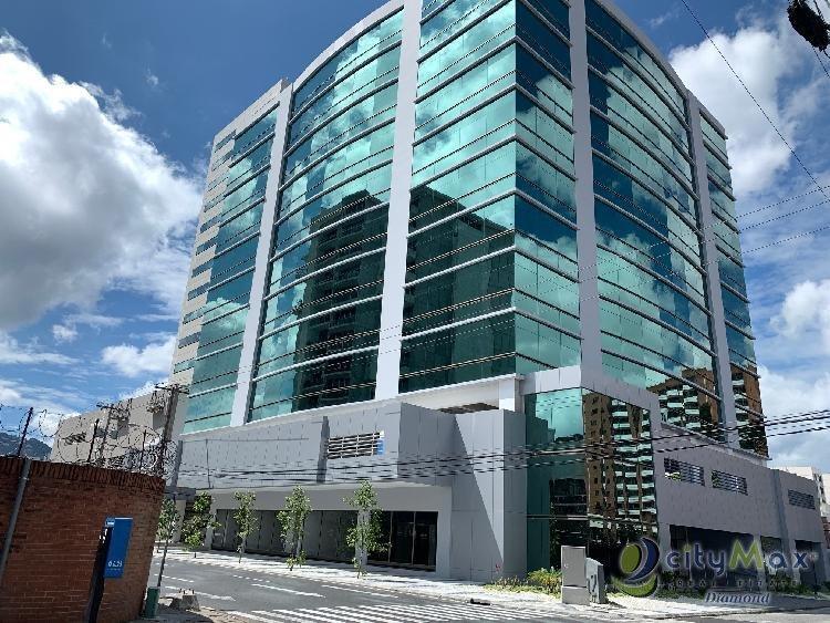 Oficina en renta Zona 10, Edificio Torino