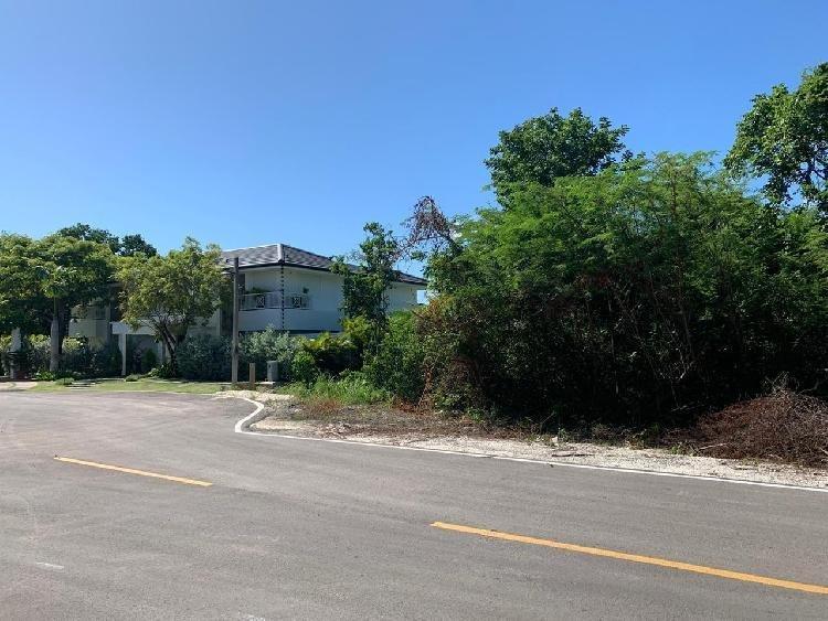 Vendo Solar en Punta Cana Village, Punta Cana.