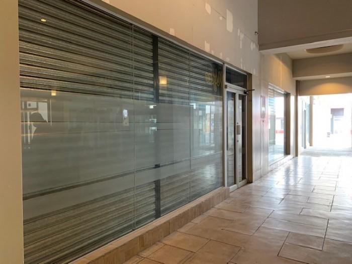 RENTA Local centro comercial en zona 12 Atanasio Tzul