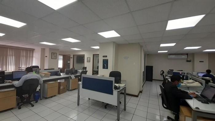 Oficina en Venta Zona 10 en zona hotelera y empresarial