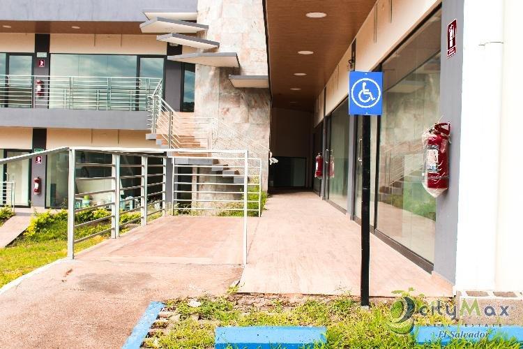 Rento local Plaza Comercial frente Condado Santa Elena