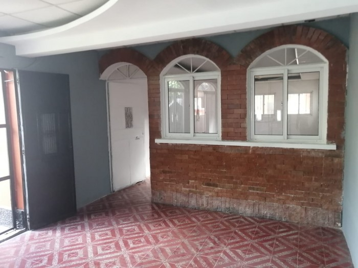 Casa en Renta ideal para empresa en zona 13