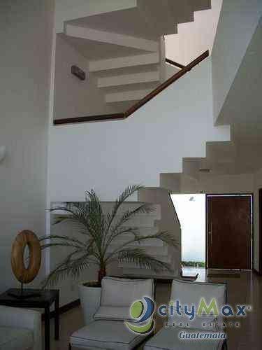 Vendo Casa con 369.78m2 en Zona 16 San Isidro