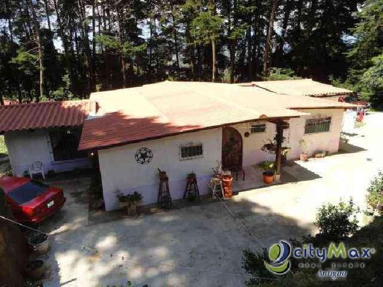 Venta de Casa en Santa Lucia Milpas Altas