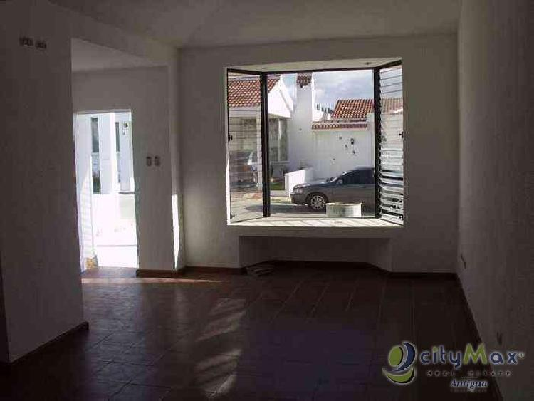 CityMax Antigua vende casa en Villas de Choacorral