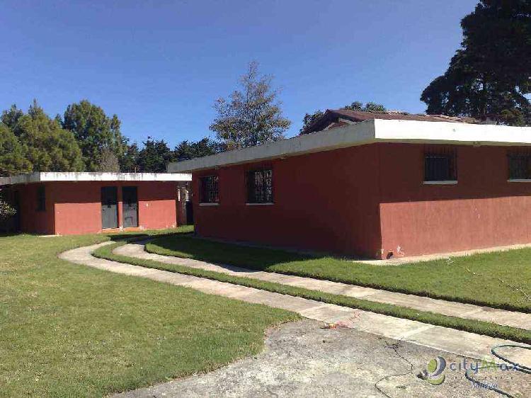 Se Vende Casa tipo Granja en San Lucas Sacatepequez