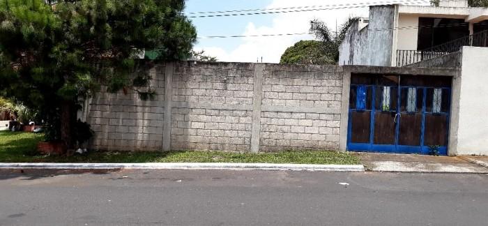 Vendo Terreno en Pinares de San Cristóbal de 275Mts.