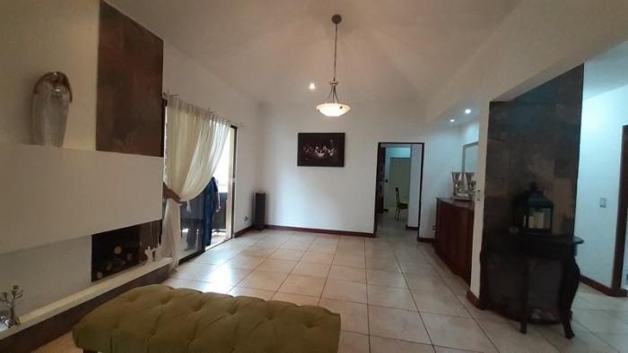 Casa de Un Nivel en Venta, Fraijanes, Guatemala