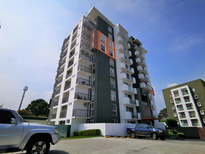 Apartamento en venta en Torre Constella- El Salvador