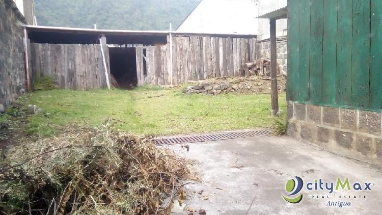 Venta-renta de terreno comercial en San Lucas Tolimán