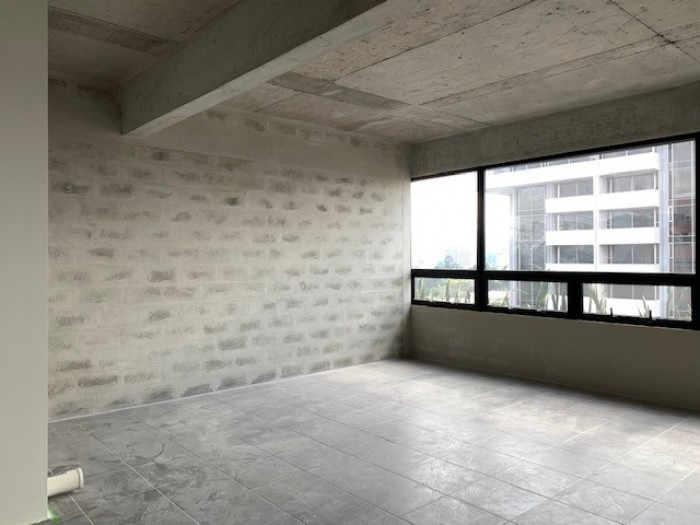 Oficina en moderno edificio en zona 9 EN ALQUILER