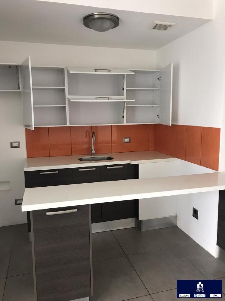Apartamento de Dos dormitorios en Renta Zona 15