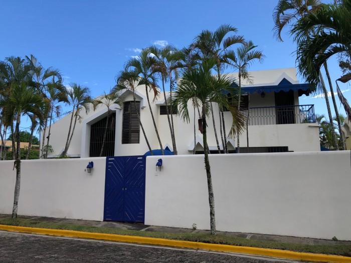 Vendo casa en proyecto cerrado ubicado en Arroyo Hondo