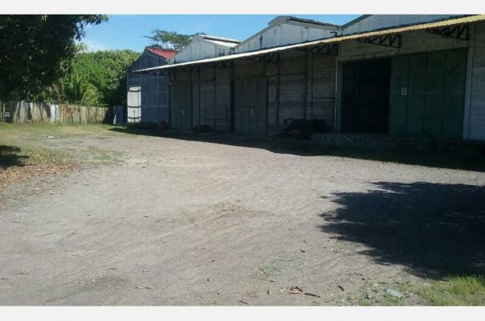 Complejo de Bodegas en venta Autopista Puerto Quetzal