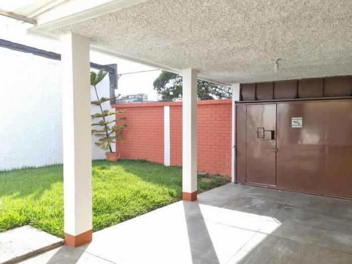 Casa en Venta en Jardines de la Asunción Zona 5 Ciudad