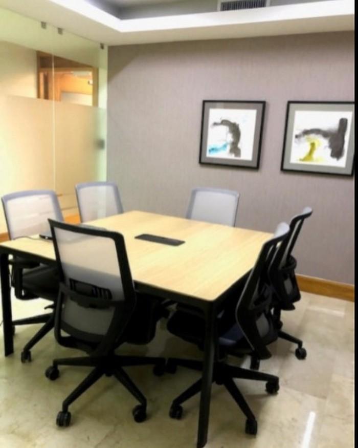 alquilo oficina ejecutiva amueblada en Los prados